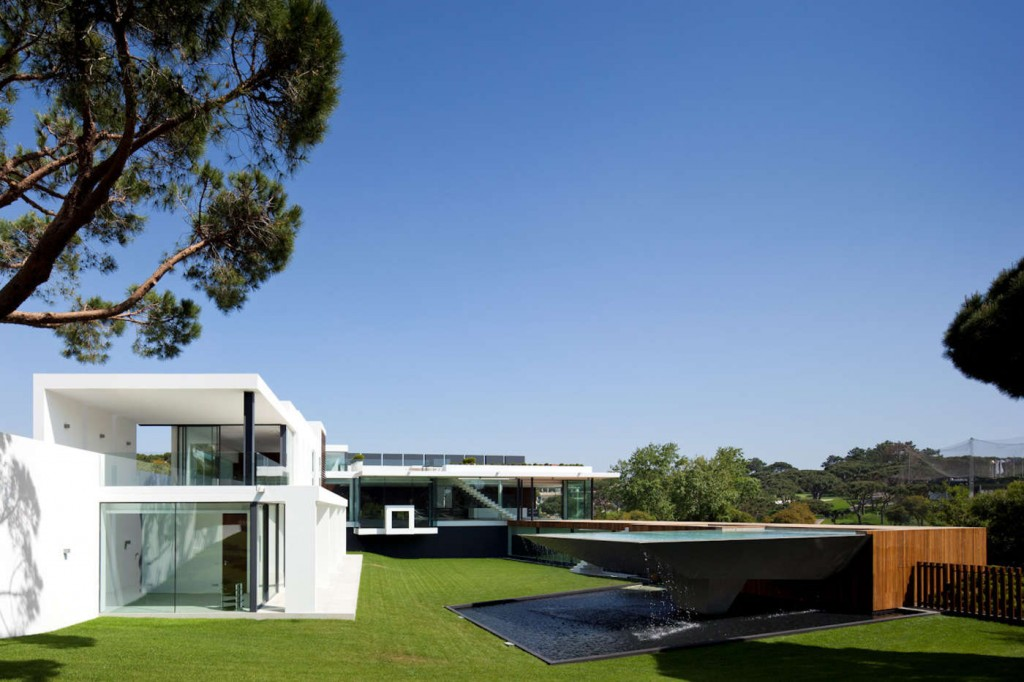 desktop_Casa-Vale-Do-Lobo-in-Southern-Portugal-29