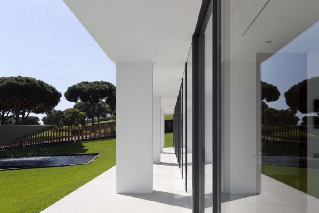 desktop_casa-vale-do-lobo-arqui-architects-gessato-gblog-24