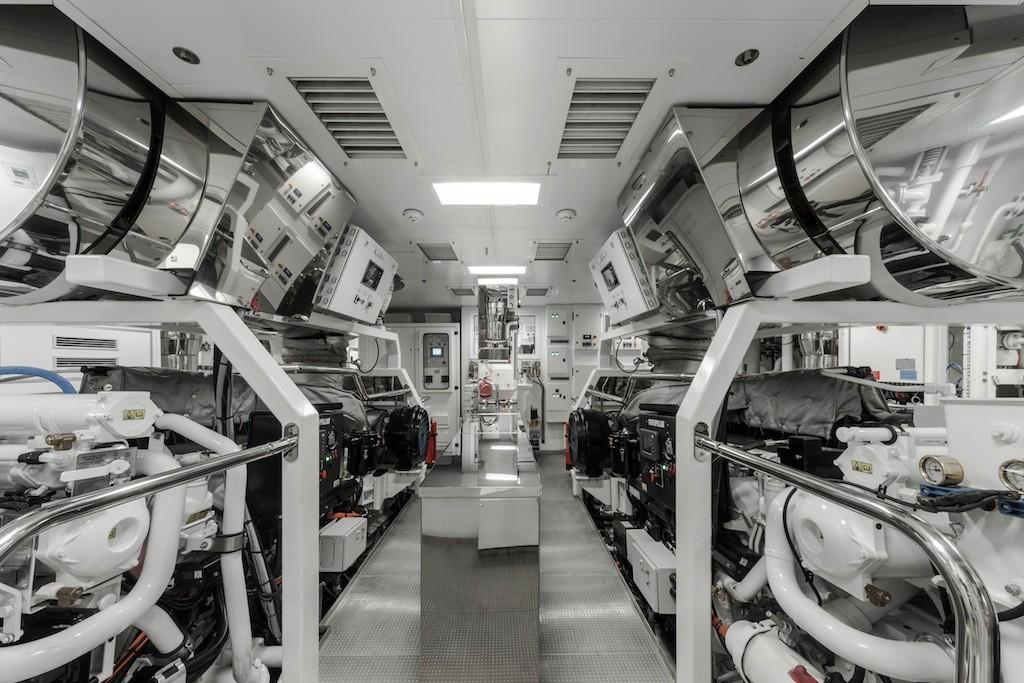 Atlante-engine-room-