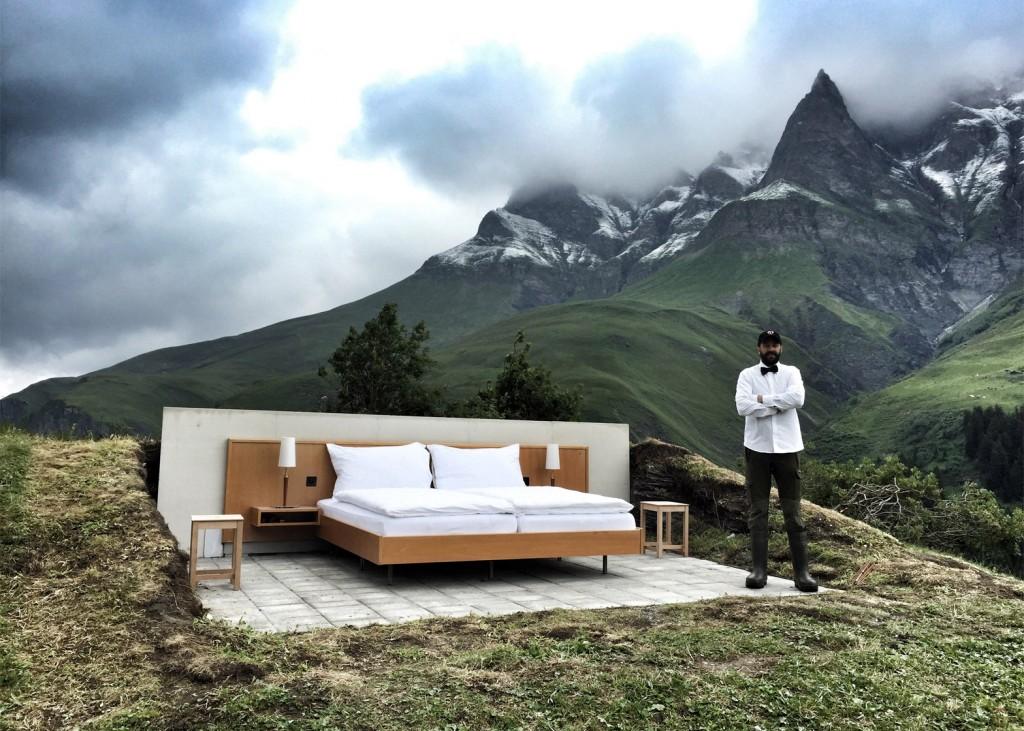 null-stern-hotel-switzerland-alps_dezeen_1568_4